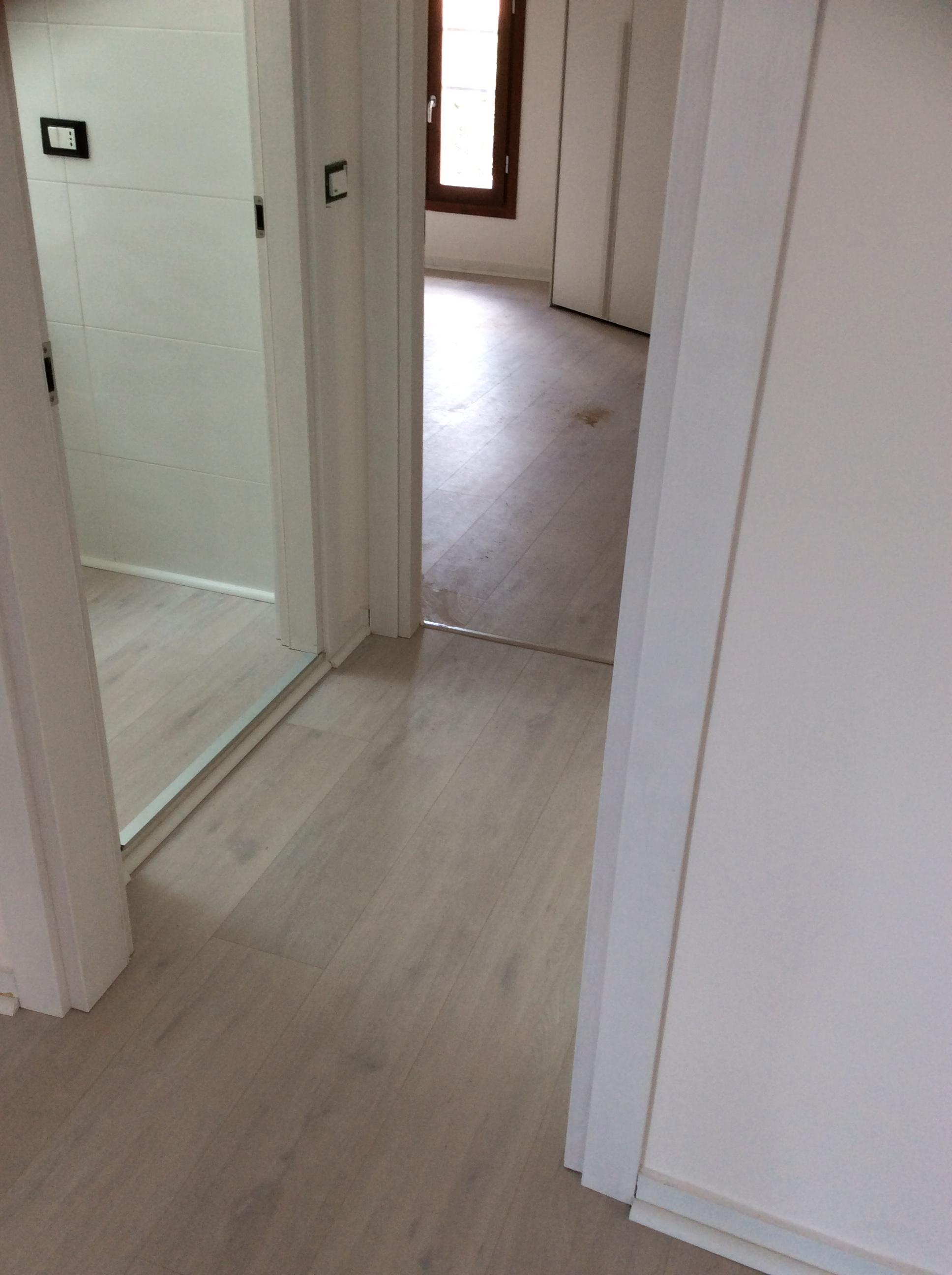 Pavimento In Pvc Effetto Legno parquet pvc effetto legno a ferrara - design interni ferrara